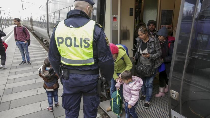 Власти Дании намерены изымать ценности у приезжающих в страну беженцев в уплату за пребывание
