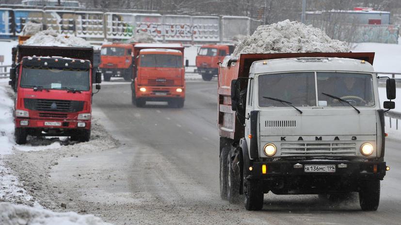 Украина приостановила транзит грузовых автомобилей из РФ по своей территории