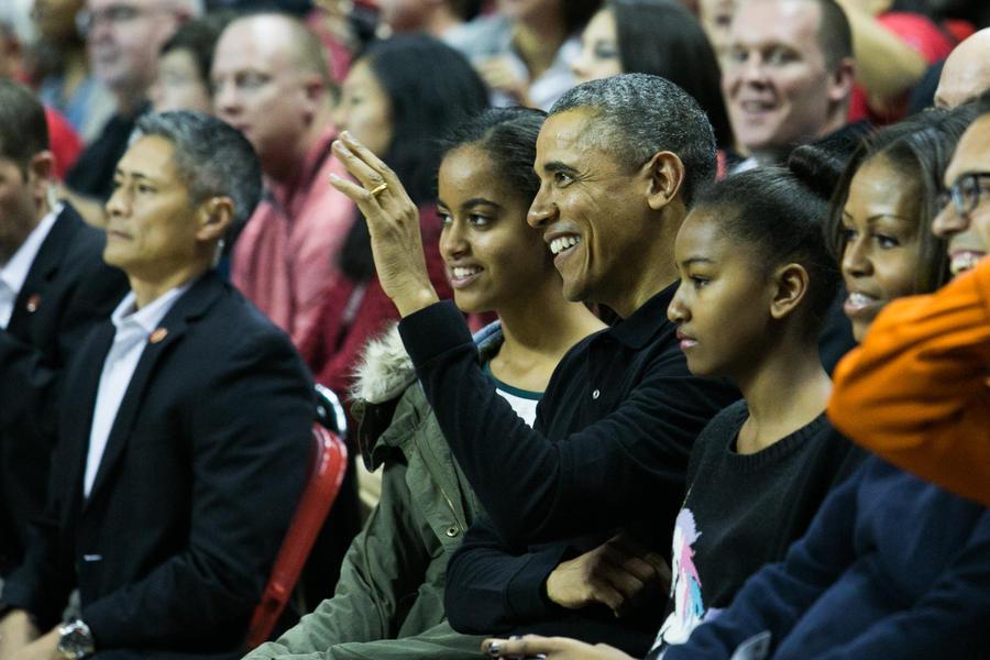 Барак Обама признался, что ему нелегко быть главой семьи
