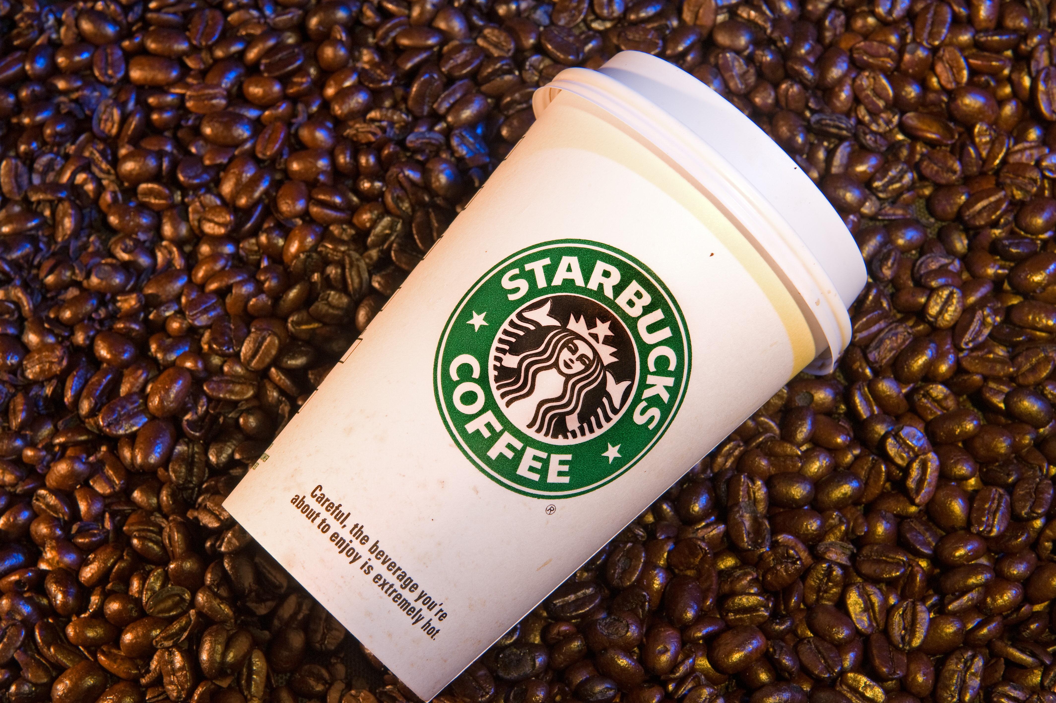 Starbucks подался в политику