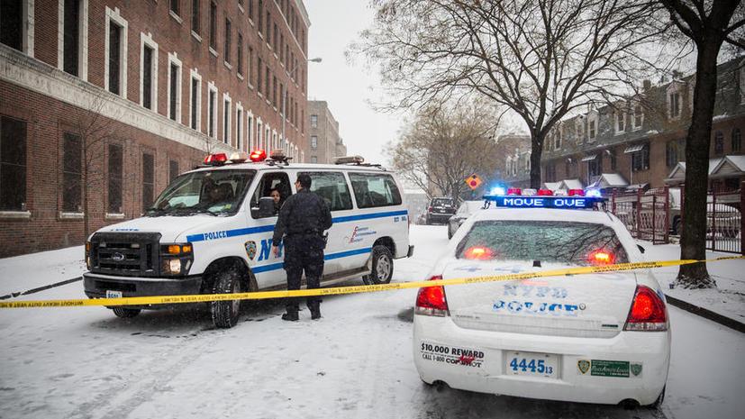 Полицейские Нью-Йорка намеренно приостановили работу из-за конфликта с мэром города