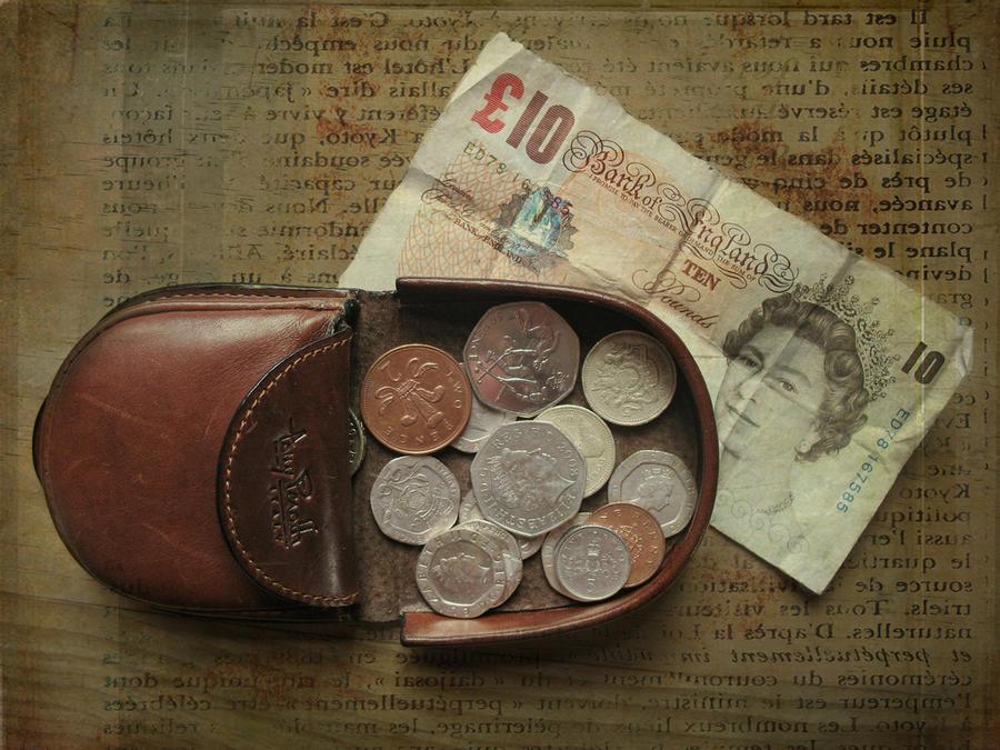 Британцы начали спасать экономику, скупая недвижимость