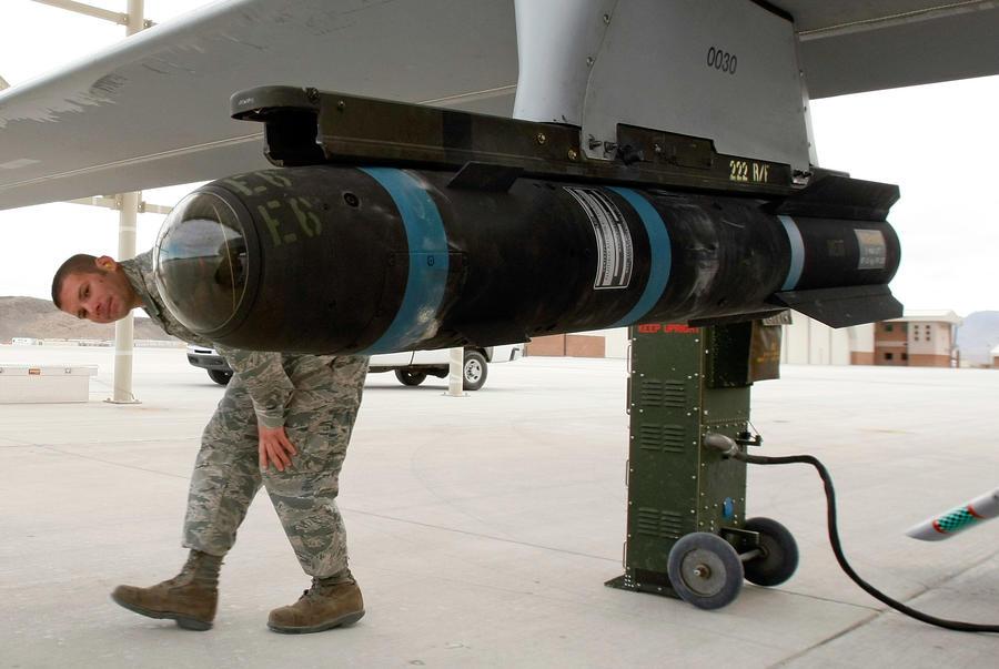 США поставят в Ирак 5 тысяч ракет Hellfire на $700 млн