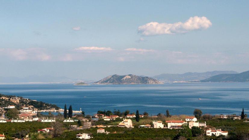 Россияне и китайцы скупают греческую недвижимость