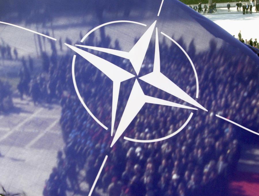 Немецкие СМИ: НАТО планирует решить российский «ядерный вопрос»