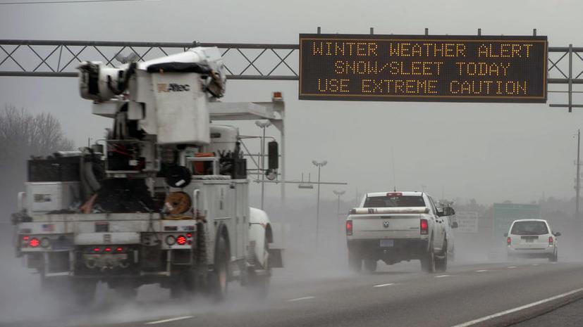 Непогода в США: Пять человек погибли, чрезвычайная ситуация введена в шести штатах
