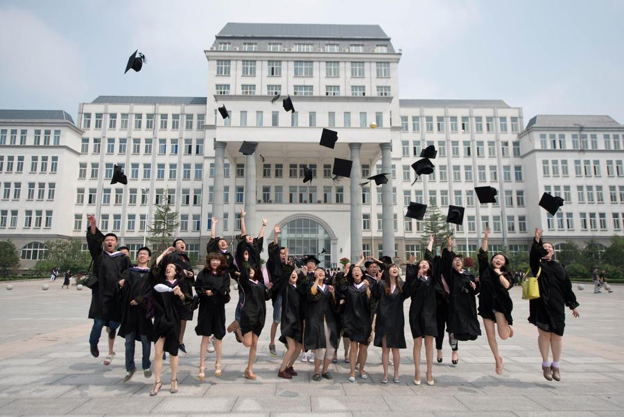 В России будут признавать дипломы ведущих университетов мира