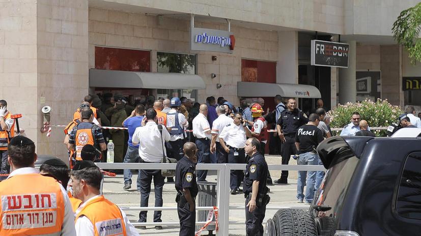 «Израильский стрелок» устроил бойню в банке из-за долга в $1,6 тыс