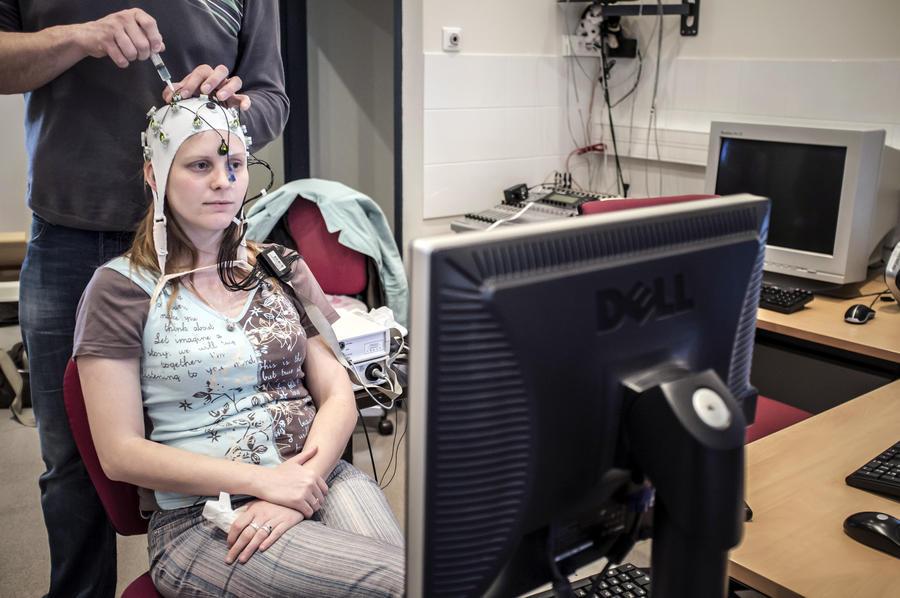 Ученые выяснили, чем музыка так нравится нашему мозгу