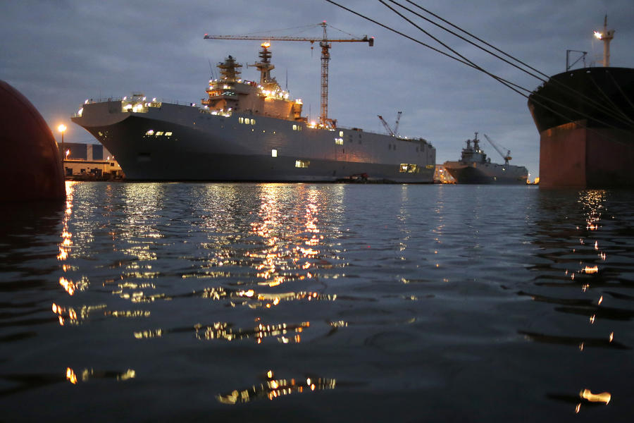 Французские СМИ: Аннулирование сделки по «Мистралям» обойдётся Франции в сумму до €5 млрд