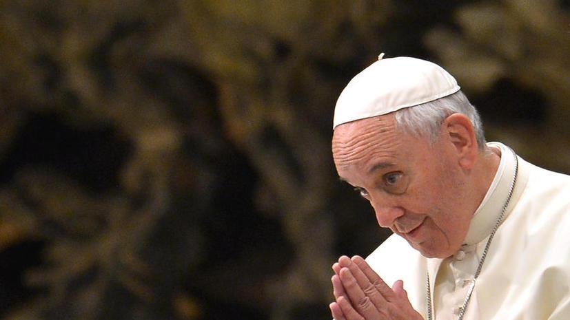 Бог – не маг с волшебной палочкой: Папа Франциск заявил о признании теории эволюции