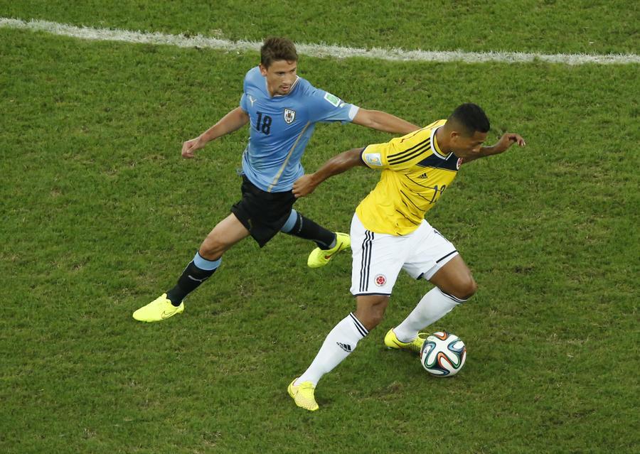 Бразилия и Колумбия вышли в четвертьфинал чемпионата мира по футболу