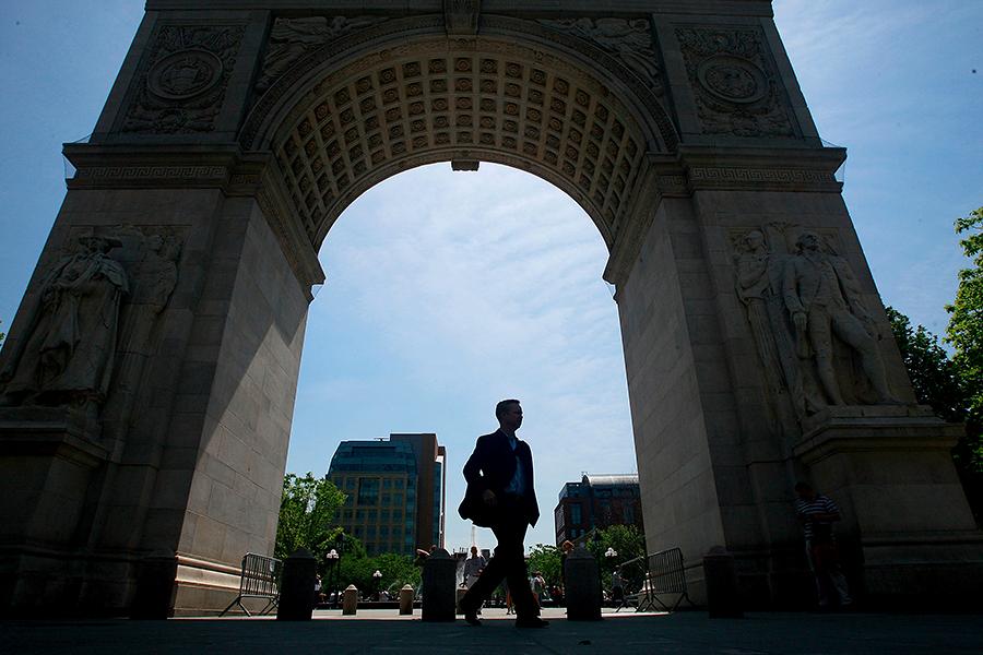 Полиция Нью-Йорка: Арка Вашингтона могла быть взорвана