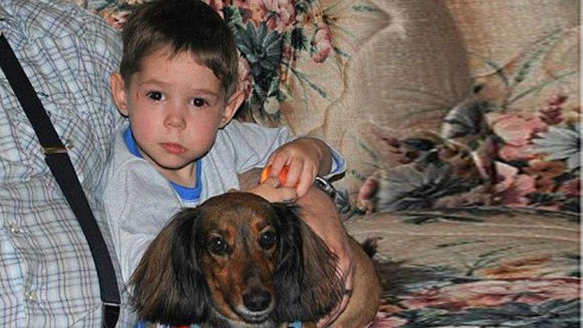 Отец Максима Кузьмина не давал разрешения на усыновление ребенка