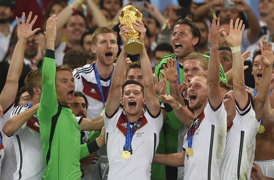 ЧМ-2014: «Немецкая машина» вырвала победу, кубок из Латинской Америки впервые уезжает в Европу