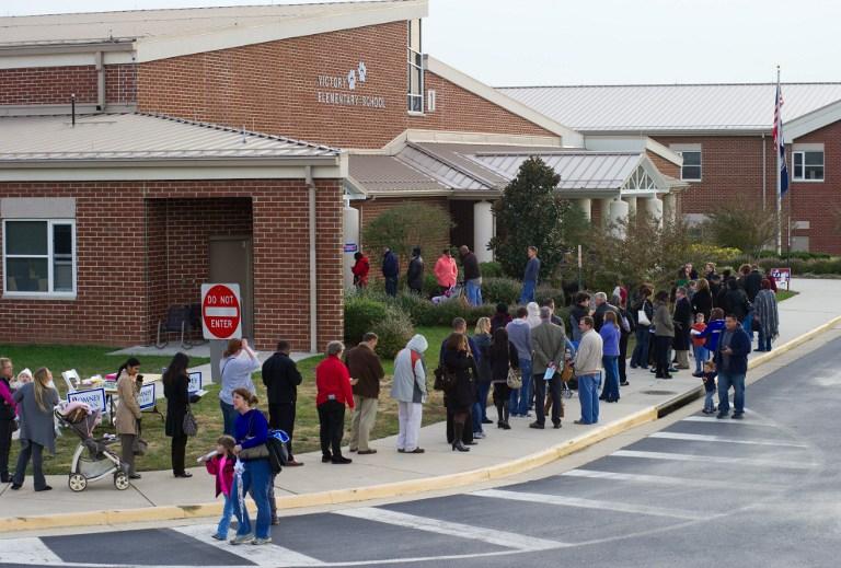 Нарушения на выборах в США: американцы получали уже заполненные бюллетени для голосования
