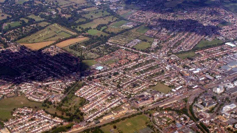 Самолёт-разведчик засёк в английском городе более 6 тыс. нелегальных спальных мест