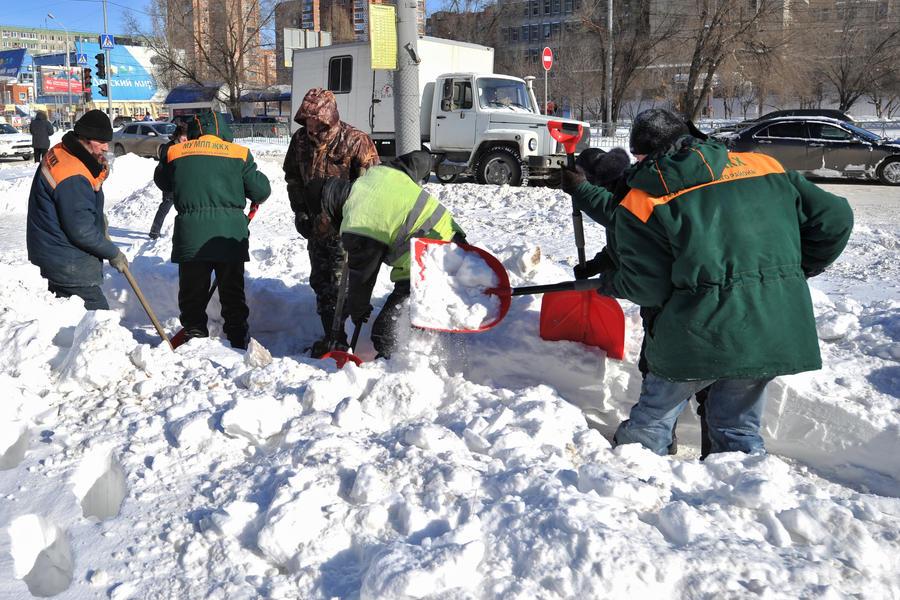 В Ростовской области от снега расчистили более 460 км дорог