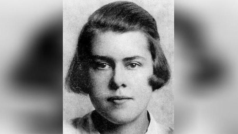 Очаровательная английская старушка оказалась одним из лучших агентов КГБ