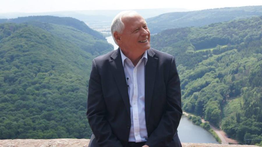 СМИ: Пославший США к чёрту немецкий политик вошёл в круг «теоретиков заговора»