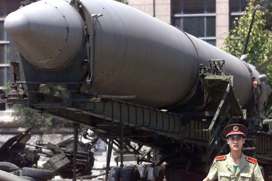 Китай провёл испытания сверхзвуковой ракеты-носителя