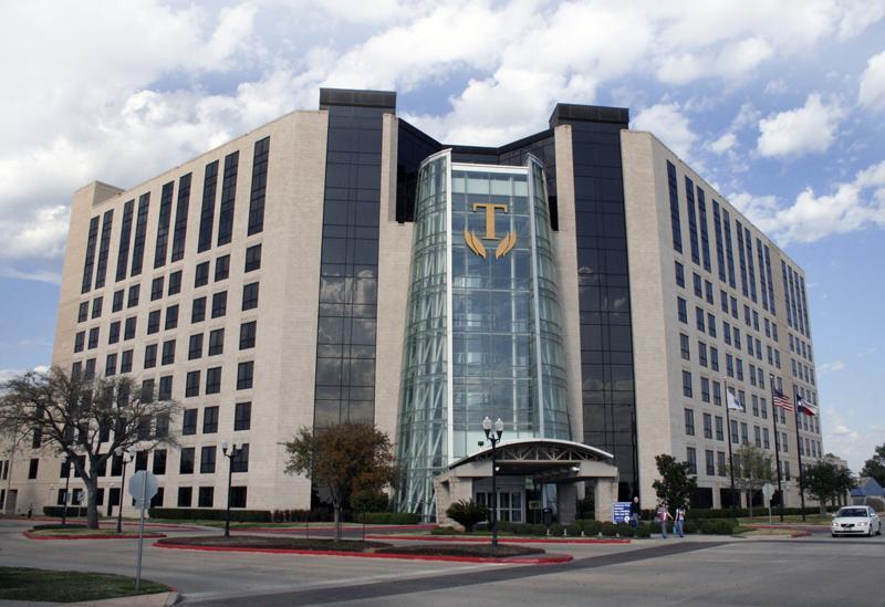Вооружённый мужчина забаррикадировался в техасской больнице