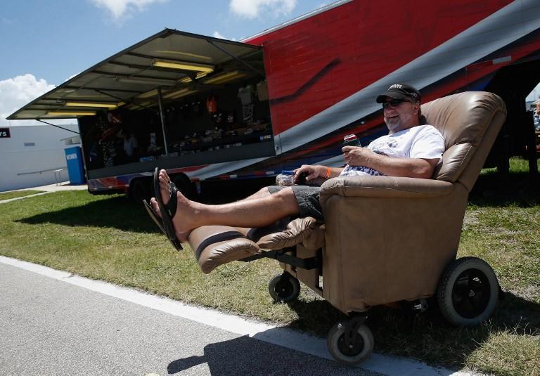 Создан первый в мире пуленепробиваемый диван