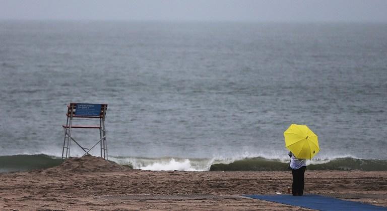 Нью-Йоркские пляжи открылись спустя семь месяцев после урагана Сэнди