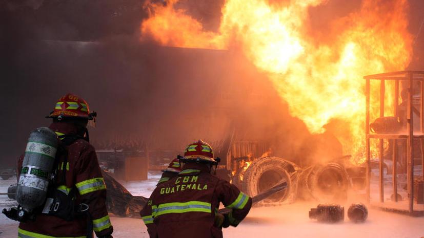 Произошла серия взрывов на заводе по производству газа в Западной Вирджинии