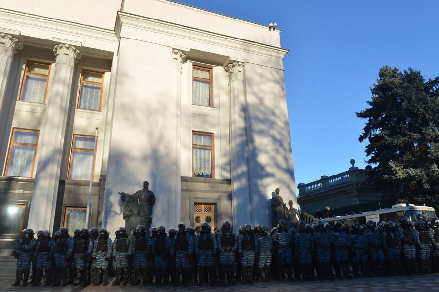 На Украине ввели уголовное наказание за осквернение памятников советским воинам