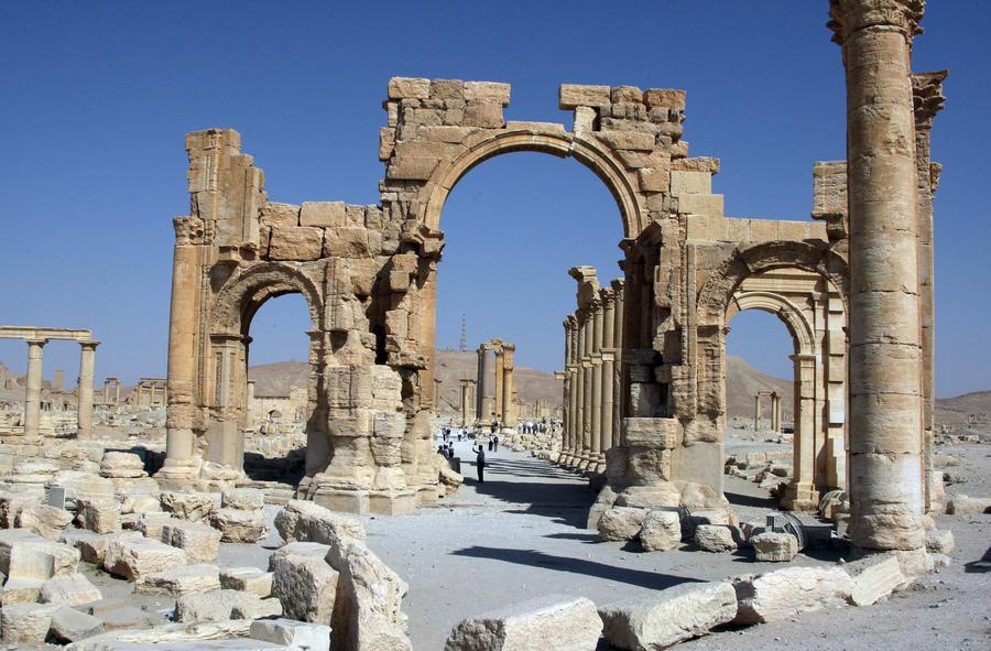 Газета: сирийские боевики могут быть причастны к разграблению памятников
