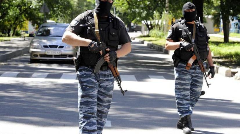 Представитель ДНР: отряды Беса покинули здание МВД в центре Донецка и будут разоружены