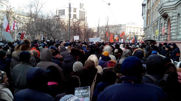 Акция оппозиции в центре Москвы прошла спокойно