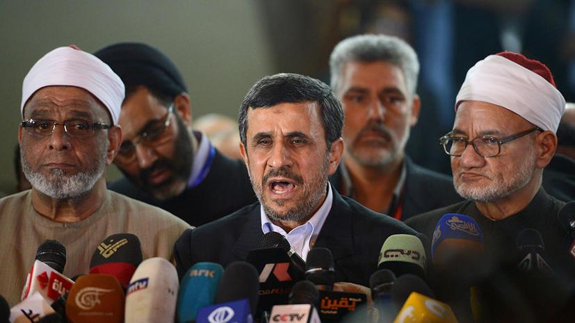 Ахмадинежад: Иран уже стал атомной державой, но  Израилю бояться не стоит