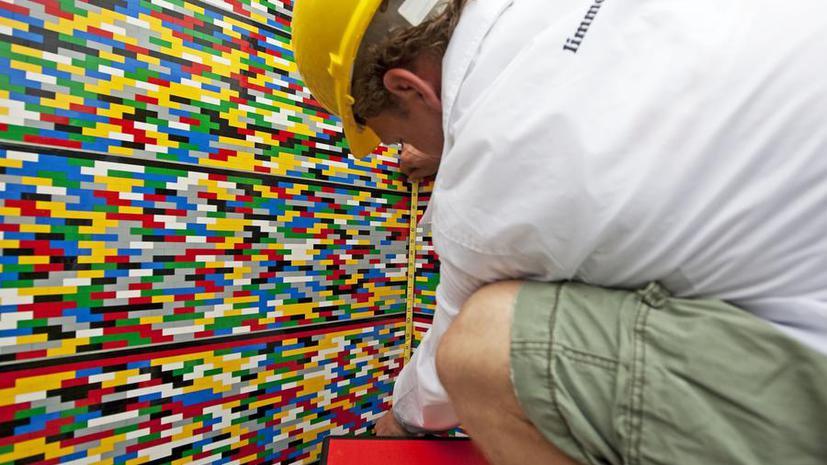 Революция в мире строительства: Кирпичи, напоминающие конструктор LEGO
