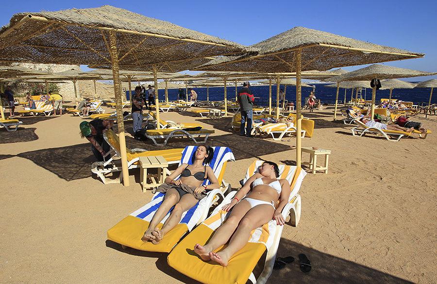 МИД призвал российских туристов не покидать египетские курорты