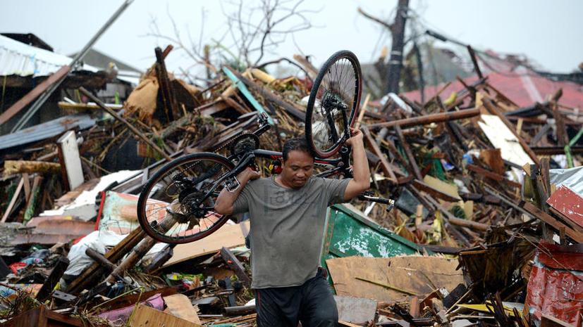 МЧС: до 150 россиян могут находиться в зоне стихийного бедствия на Филиппинах