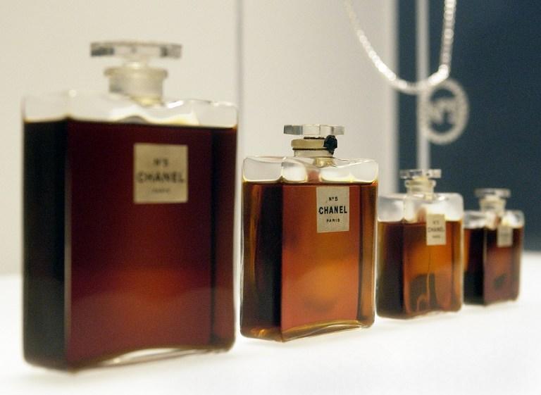 Легендарные Chanel No.5 выпустят в литровом флаконе