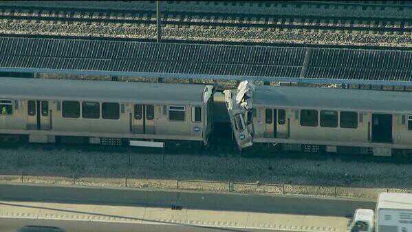 Два поезда столкнулись в метро Чикаго, пострадали 48 пассажиров