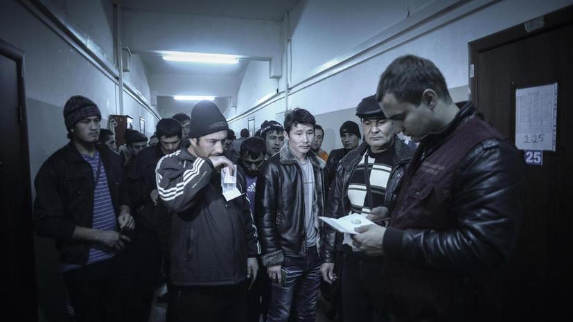 В течение двух лет в Москве останется не более 200 тыс. иностранных рабочих