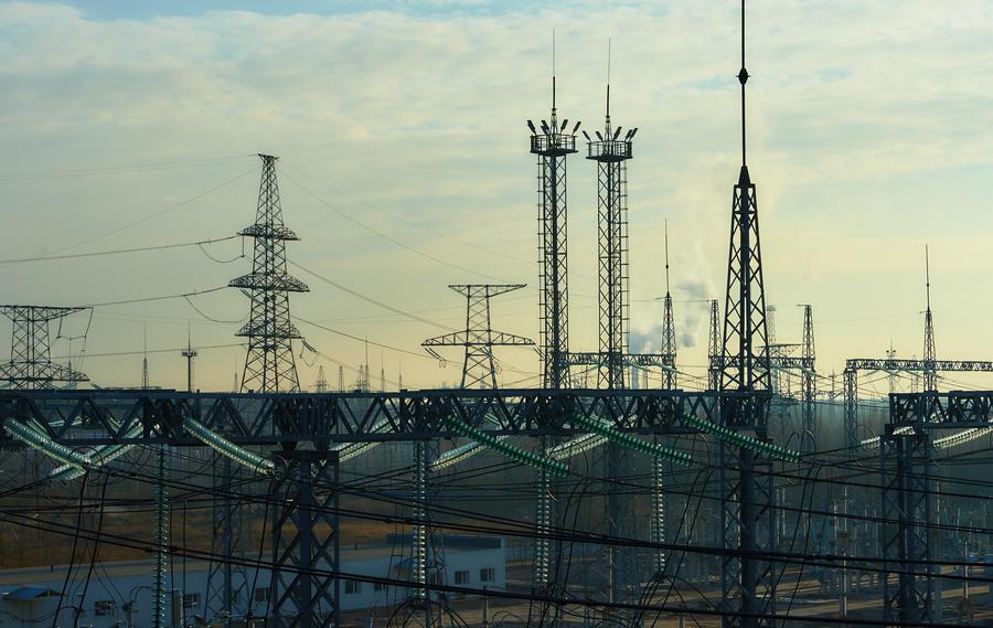 СМИ: За незаконное подключение к электросетям могут начать сажать на 10 лет