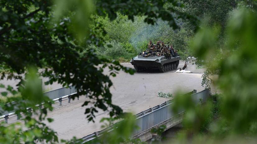 На Украине продолжаются столкновения между ополченцами и подконтрольными Киеву силовиками