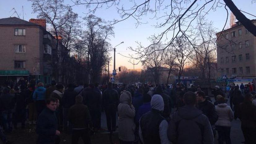 СМИ: Милиции разрешено стрелять на поражение в случае провокаций в ходе протестов в Константиновке