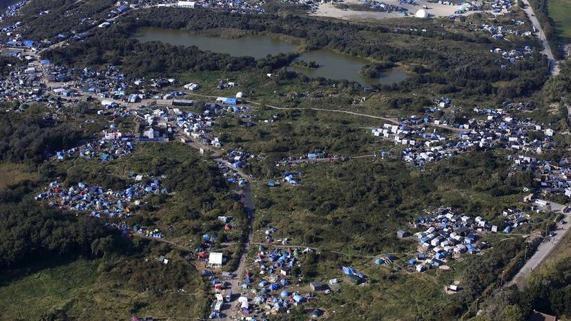 Фотографии разрастающегося поселения беженцев во Франции потрясли мир