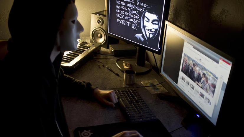 Журналисту из Reuters грозит десять лет тюрьмы за связь с Anonymous