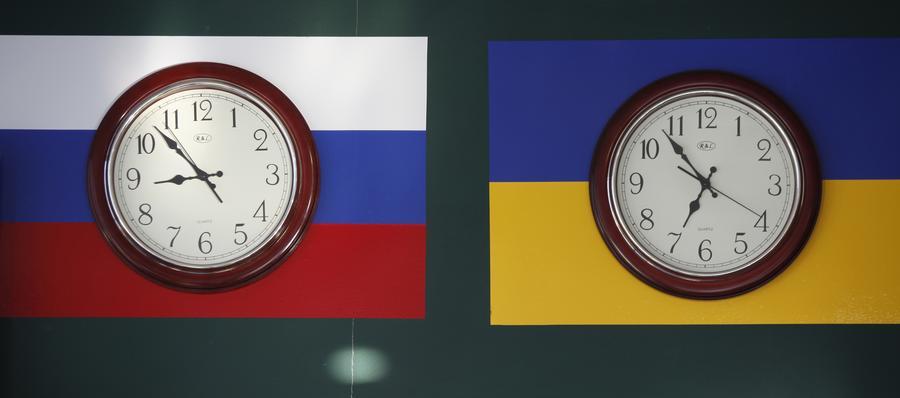 СМИ: В ситуации с Крымом Запад применяет по отношению к России двойные стандарты
