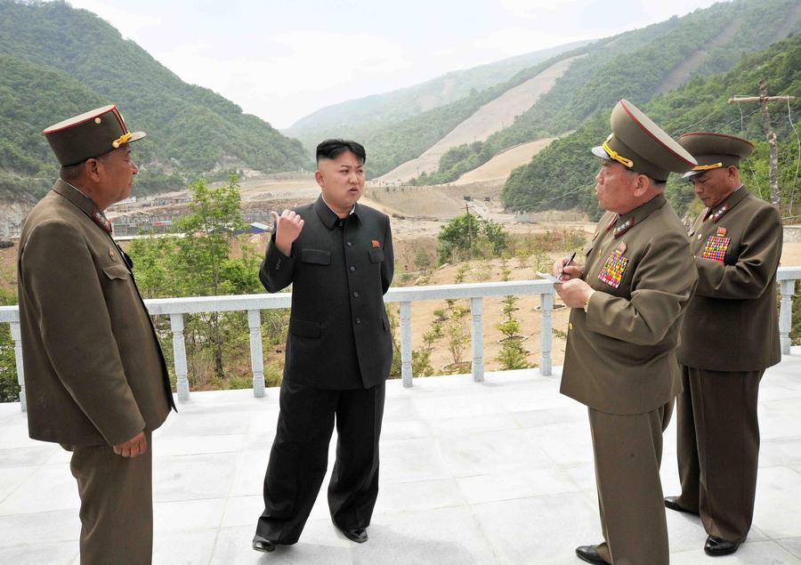 Пхеньян пригрозил наказать беженцев за клевету на Ким Чен Ына