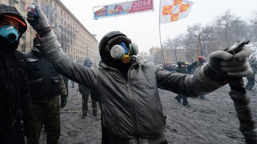 Рядом с «евромайданом» неизвестные захватили телеканал «Киев»
