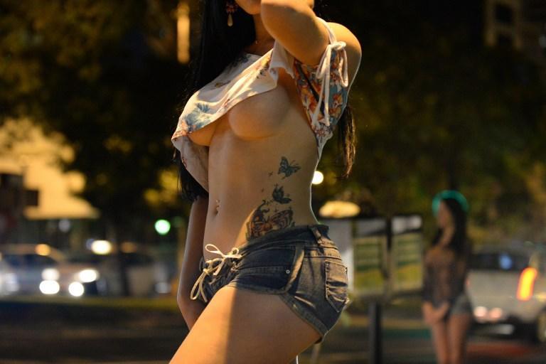 Проститутки Нью-Йорка выступили в защиту своих арестованных «работодателей»