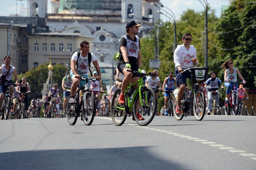 СМИ: Велосипедистов обяжут носить спецодежду